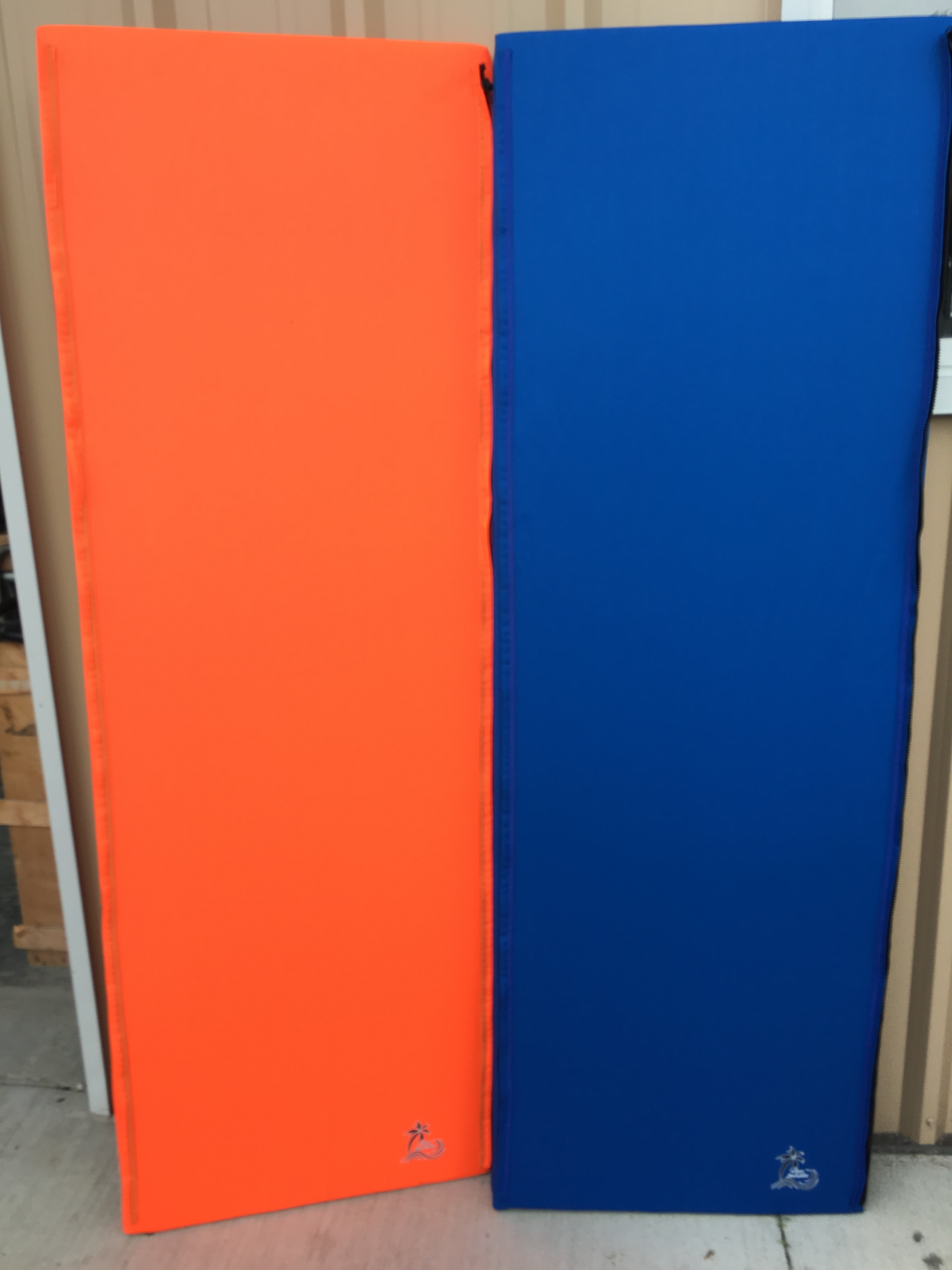 CLEARANCE 12' LONG TROPICAL ORANGE AND NAUTICAL BLUE MAT